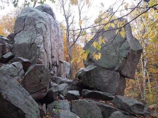 วอซอ, วิสคอนซิน: Awesome rock formations!
