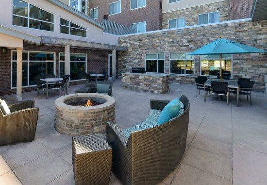 Coralville, IA: Outdoor Fire Pit