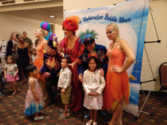 Chandler Center for the Arts: Another picture with artistes