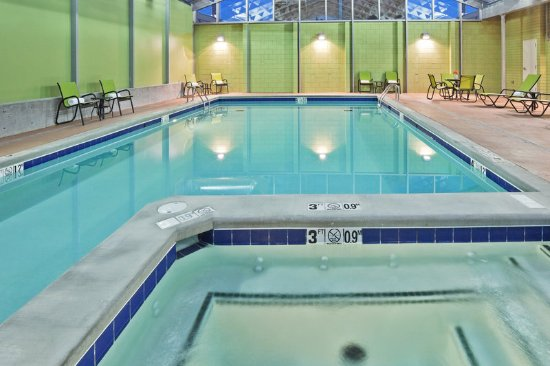 Holiday Inn Tulsa City Center: Whirlpool