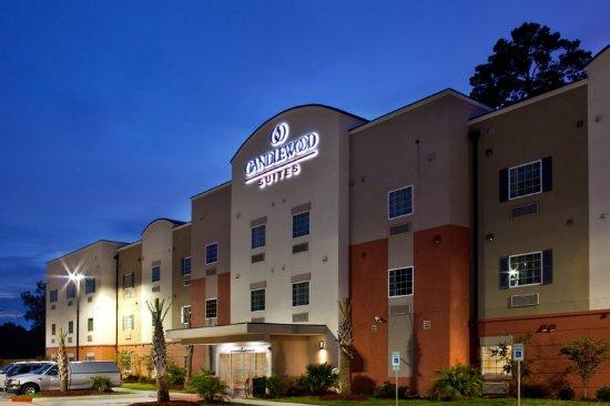 Candlewood Suites Denham Springs: Hotel Exterior