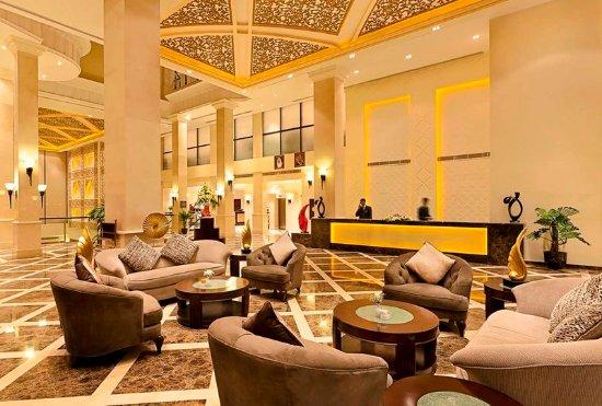 Dhahran, Saudi-Arabien: Hotel Lobby