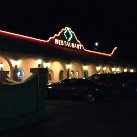 Tequila's Family Mexican Restaurant: Nicely lit at night, very inviting