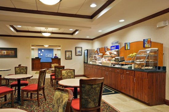 ‪‪Harriman‬, ‪Tennessee‬: Enjoy our Hot Complimentary Breakfast Bar.‬