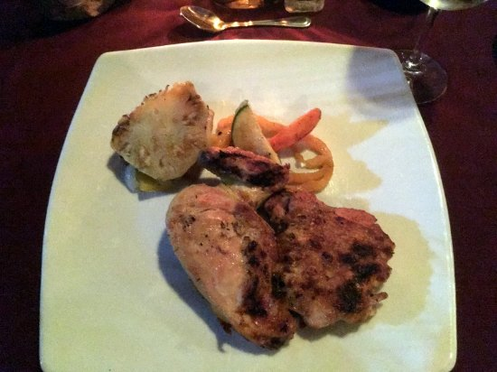 Great El Patio Restaurant: Don Ignacio Chicken With Missing Skin And Burnt  Pineapple