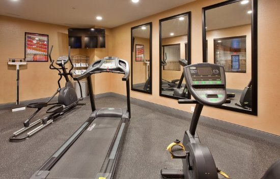 """Woodson Terrace, MO: 24 Hour Fitness Center with 55"""" Flat Screen TV"""