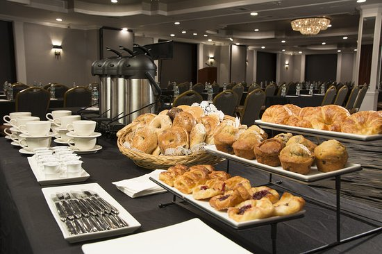Adria Coffee Bagels Table Picture Of Adria Hotel And Conference Center Bayside Tripadvisor