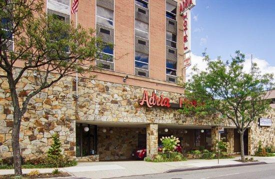 Bayside, NY: Adria Hotel Exterior
