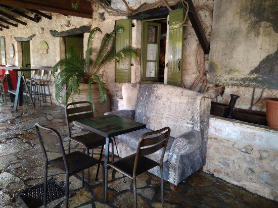 Sivota, Grecja: Liotrivi Cafe/Gallery