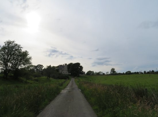 Barcaldine Castle: Access