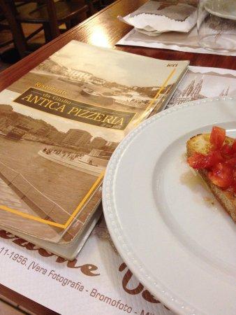 Ristorante antica pizzeria da giulio in milano con cucina for Ristorante da giulio milano