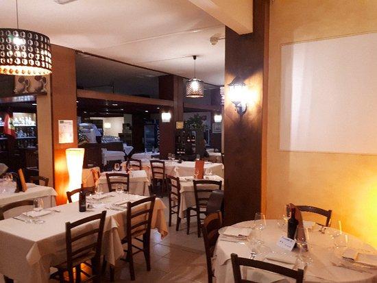 Castiglione Dei Pepoli, Italia: 20171111_192554_large.jpg