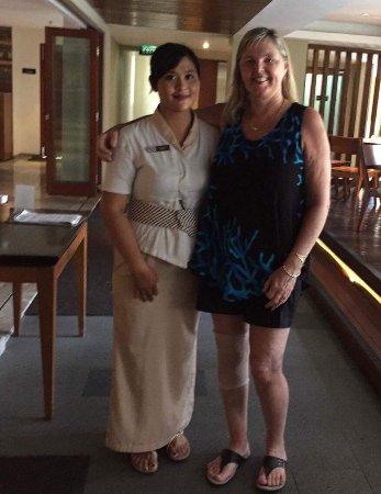 Mozzarella at The Magani Hotel: Another waitress