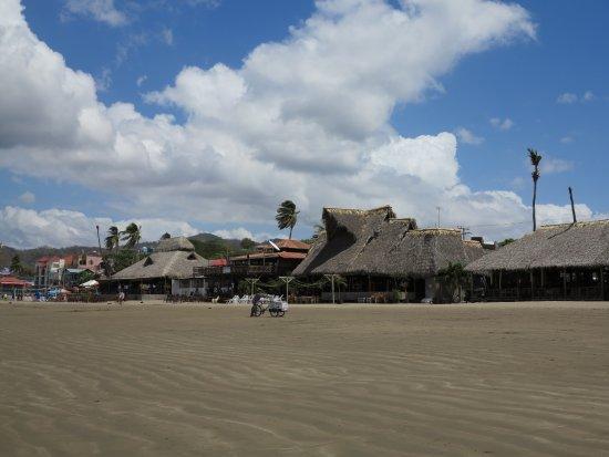 San Juan del Sur Beach: Palapas de la Playa de San Juan del Sur