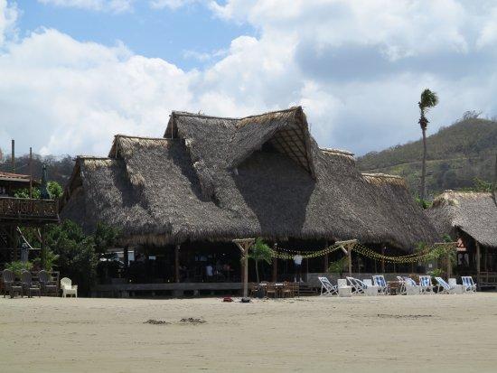 San Juan del Sur Beach: Palapas - Restaurante de San Juan