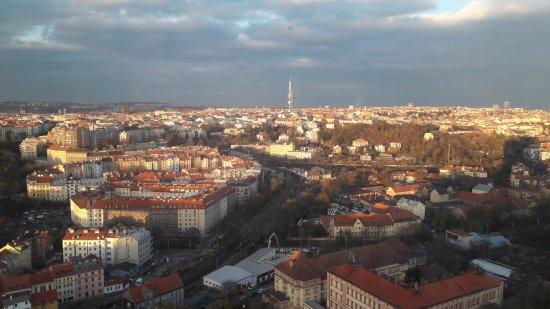 Corinthia Hotel Prague: prachtig uitzicht richting centrum, kamer 2030