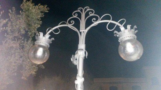 Lampioni Per Giardino.Particolare Dei Lampioni Del Giardino Picture Of