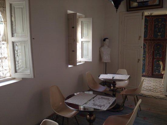Hotel du Tresor: Salón interior