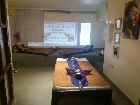 spain thai body to body massage in bangkok
