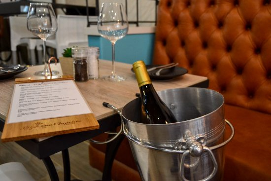 Illovo, Νότια Αφρική: Le Wine Chambre