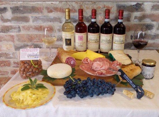 Narzole, Włochy: Un piccolo assaggio delle nostre degustazioni!