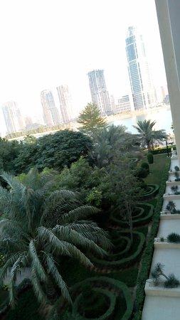 Grand Hyatt Doha Hotel & Villas Photo