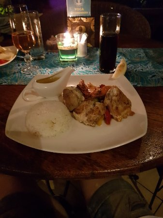 Coconut Restaurant: 20171111_202837_large.jpg