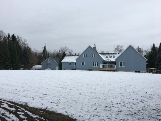 Belwood, Canada: Property from