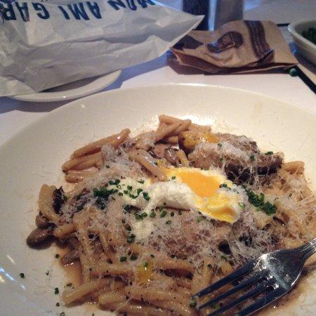 Mon Ami Gabi: Pasta con huevo