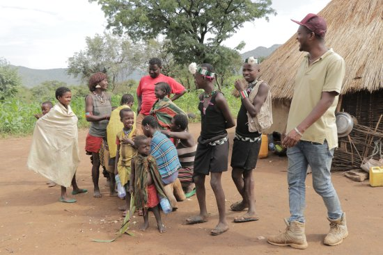 Arba Minch, Etiopien: Emany with Banna tribe