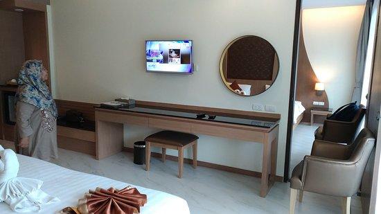 Ananta Burin Resort: P_20171108_160416_vHDR_Auto_large.jpg