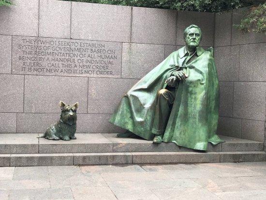 Franklin Delano Roosevelt Memorial : photo1.jpg