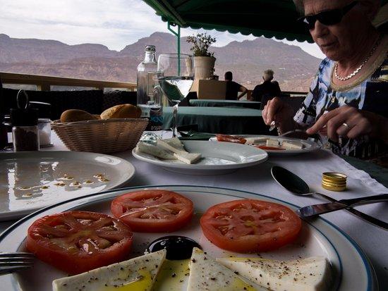 Santa Lucia, Spain: lunch