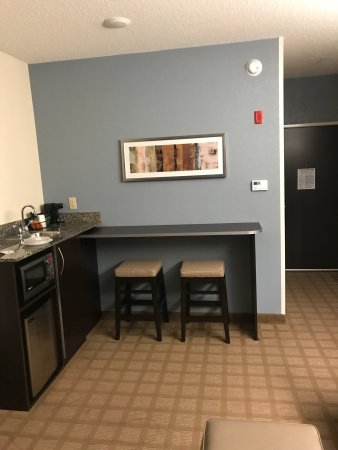 Microtel Inn & Suites by Wyndham Wilkes Barre: photo3.jpg