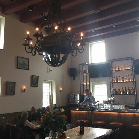 Hellevoetsluis, Países Bajos: Interior of de Waag; cosy and impressive at the same time...