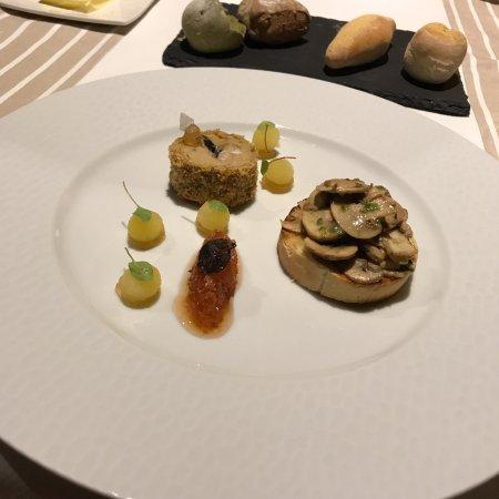 Gourdon, France: fois gras with truffles