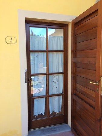Hotel di sor Paolo: Camera Trebbiano, esterno