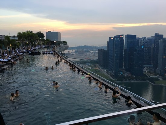 Swimming Pool Of The Marina Bay Sands Picture Of Ce La Vi Restaurant Singapore Tripadvisor