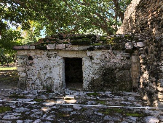 Puerto Juarez, Mexico: El Meco Ruins