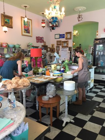 Buttercup Bakery : photo2.jpg