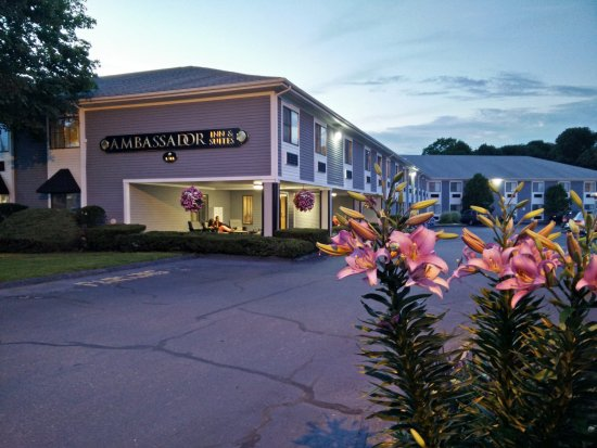 Ambador Inn Suites
