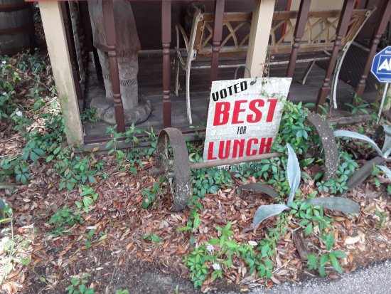 Fanning Springs, FL: Voted Best for Lunch