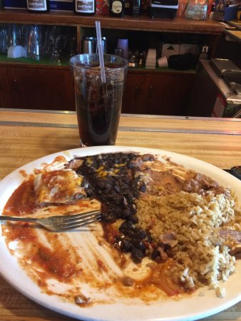 Ellicott City, MD: The burrito that was so good it disappeared so quickly!  Great place for lunch and dinner. Authe