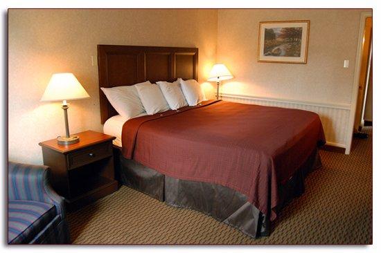 Towanda, PA: King Bedroom