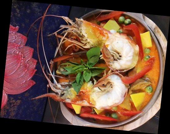 Sala Thai Art Gallery & Restaurant: River Jumbo Prawn...Tom yum...