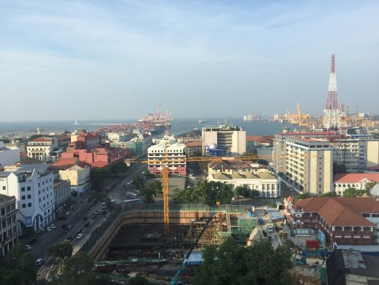 Hilton Colombo : Views from the hotel