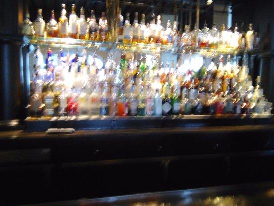 Hotel Galvez & Spa A Wyndham Grand Hotel: bar back