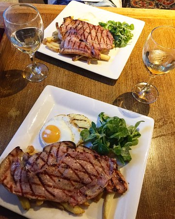 Claygate, UK: Dinner in Hare & Hounds