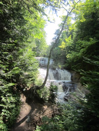 Grand Marais, MI: Beautiful waterfall