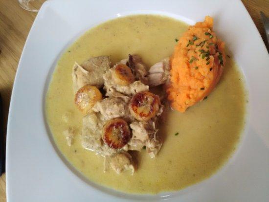 Senlis, ฝรั่งเศส: Le fameux filet-mignon coco, banane, patate douce !!
